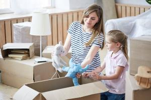 6 Tips On Moving House With Children