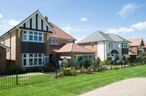 New Redrow Homes in Weston Turville